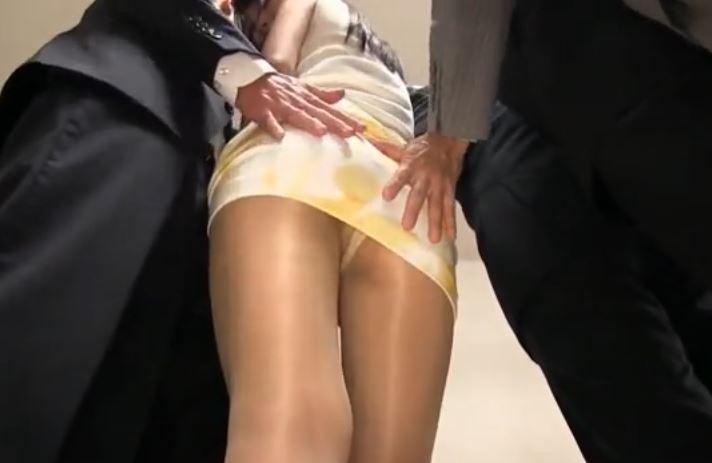 人妻パンスト痴漢動画